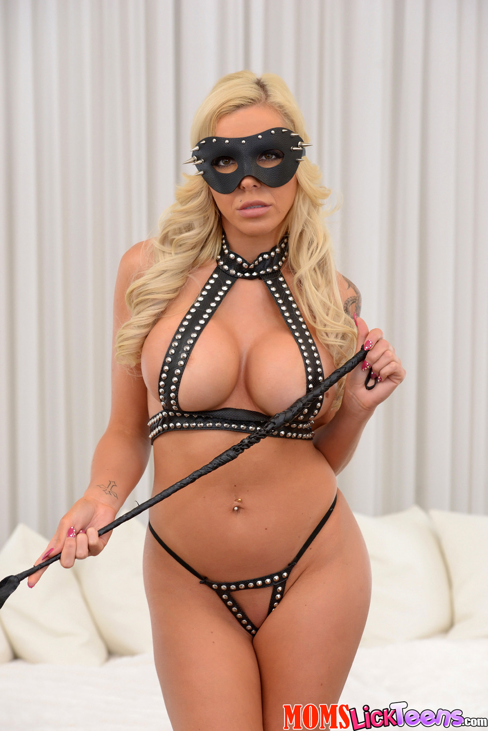 Busty milf lingerie Busty Milf In Sexy Latex Lingerie At Nightdreambabe
